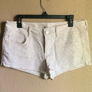 American Eagle Pale Pink Patterned Jean Shorts